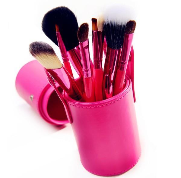 Profesionální sada 12 kosmetických štětců Make-Up s koženým pouzdrem - červená
